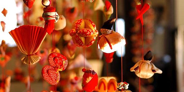 伊豆稲取温泉「稲取文化公園雛の館 つるし飾り秋の特別展示」のご案内